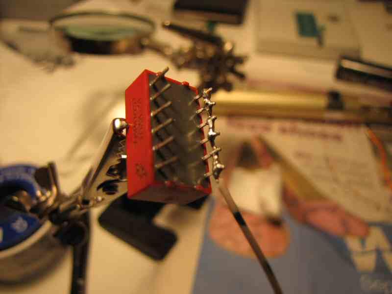 DIPSwitch02_Attaching5v_soldered.jpg